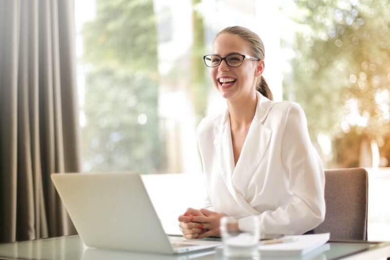 donna business contenta - fringe benefits